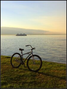 Alki Beach. Photo by T. Wickersham.