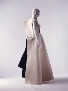 Yohji Yamamoto, Autumn/Winter 1996 Collection of the Kyoto Costume Institute, Photo by Takashi Hatakeyama