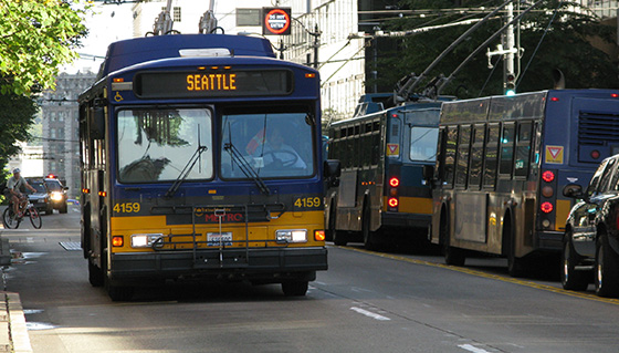 Metro Bus Cleaner : Getting to around seattle visit