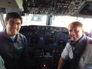 Alaska Airlines Cockpit - Spencer Davenport 9-23-15