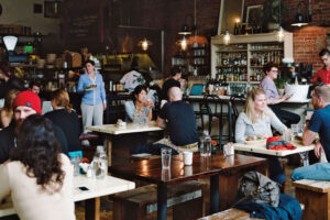 Oddfellows Cafe+Bar | Amber Zbitnoff Photography